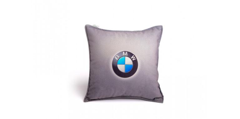 Подушка декоративная с логотипом БМВ