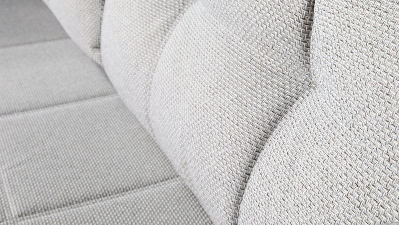 Особенности диванов из рогожки