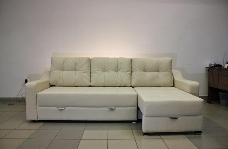Стильный диван 2021
